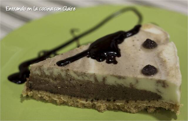 TARTA MOUSSE DE QUESO, CHOCOLATE Y CAFE