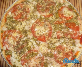 Pizza com massa de arroz