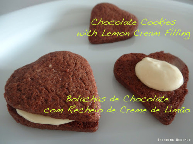 Chocolate Cookies with Lemon Cream Filling // Bolachas de Chocolate com Recheio de Creme de Limão