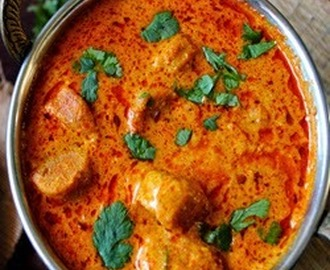 Besan Gatte ki Sabzi (Gramflour Dumplings in Curd Curry)