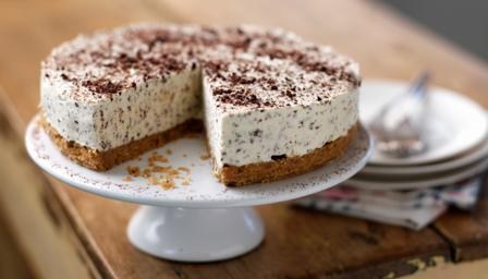Irish cream and chocolate cheesecake