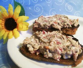 Herbed Cream Cheese Bruschetta on Baguette Toasts