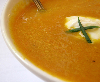Carrots and broccoli soup