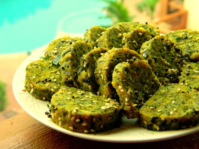 Gujarati Methi Muthia Recipe