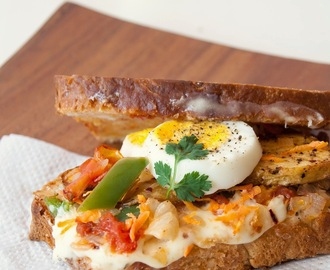 Pan roasted veggies and hard boiled eggs sandwich - Grilled