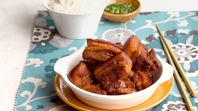 Tender Chinese Braised Pork Belly Recipe