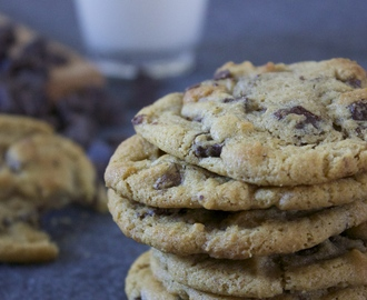 Delicious and Easy Chocolate Chip Cookies