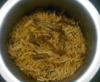 Tondli Bhaat (Dondakaya Annam/Rice with Ivy Gourd)