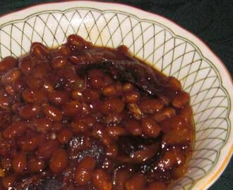 Old-Fashioned Bean Pot Baked Beans