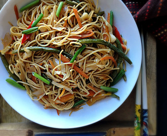 Hakka Noodles – Meatless Monday
