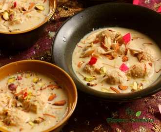 Nolen Gur (Date Palm Jaggery) ki Angoori Rasmalai - A food fit for Gods