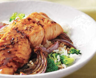 Glazed Salmon With Broccoli Rice Recipe | Real Simple