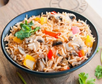 Mushroom and bell peppers fried rice