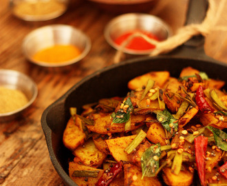 Aloo-Guvar Subji Recipe | Spicy Potato & Cluster Beans Curry