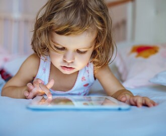 The Pros and Cons of Buying a Tablet for Your Child