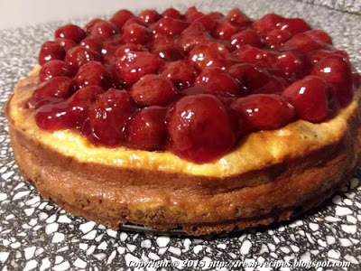 Mom's Strawberry-Speculaas Cheesecake
