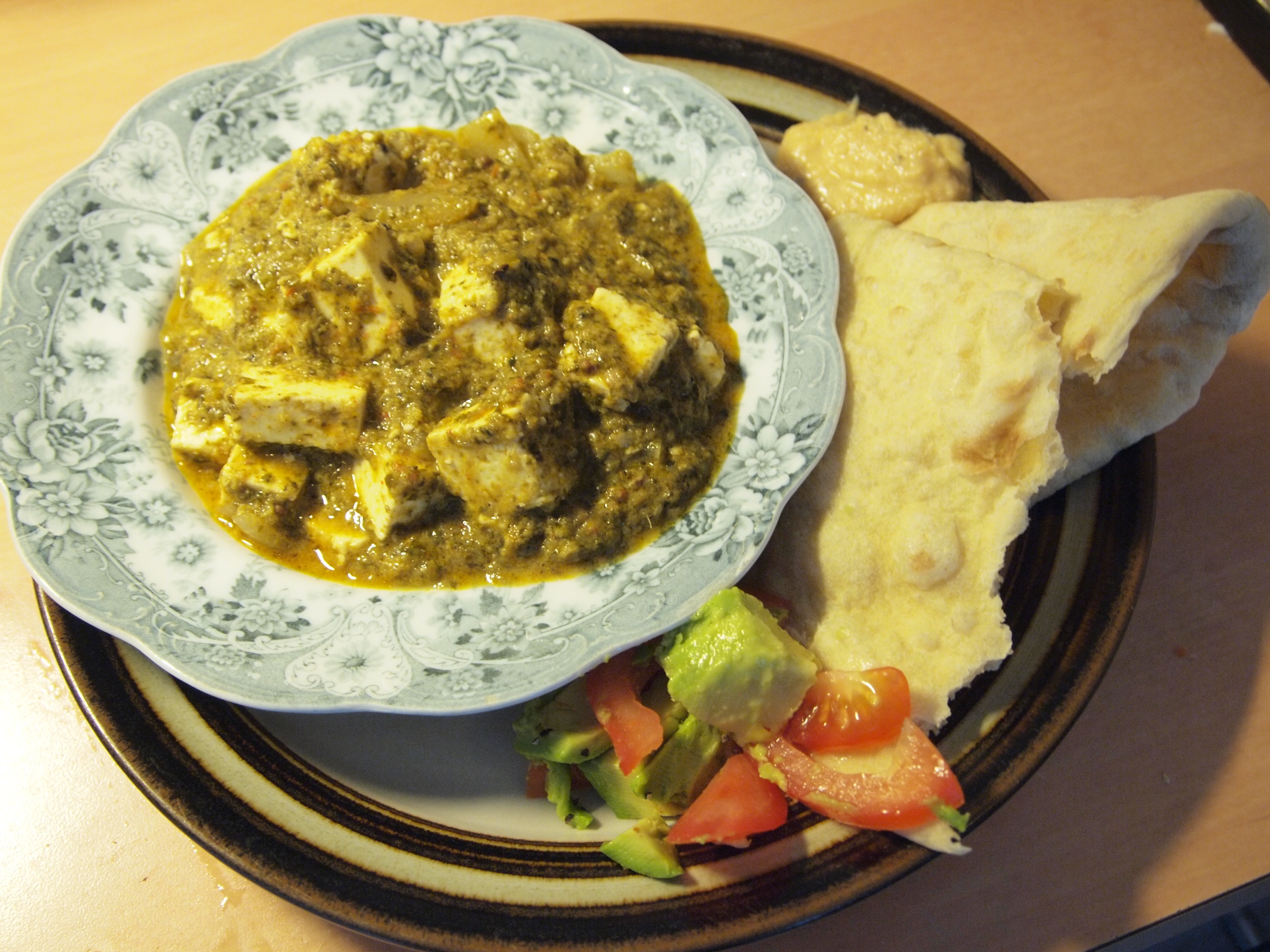 Palak Paneer (Nord-indisk spinat- og ostecurry)
