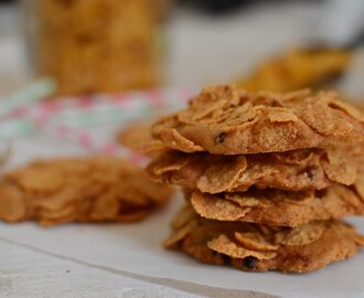 Super Easy & Simple Cornflake Cookies