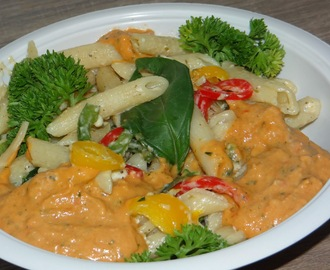 Pasta with Creamy Red Sauce