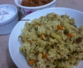 Easy Veg Briyani (Pressure cooker method)