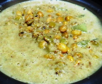 Avarekai Coconut Curry (Field Beans).