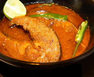 Tangy Coconut Pomfret Curry Recipe