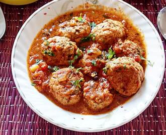 Chicken Kofta Curry – Chicken meatballs in spicy tomato sauce