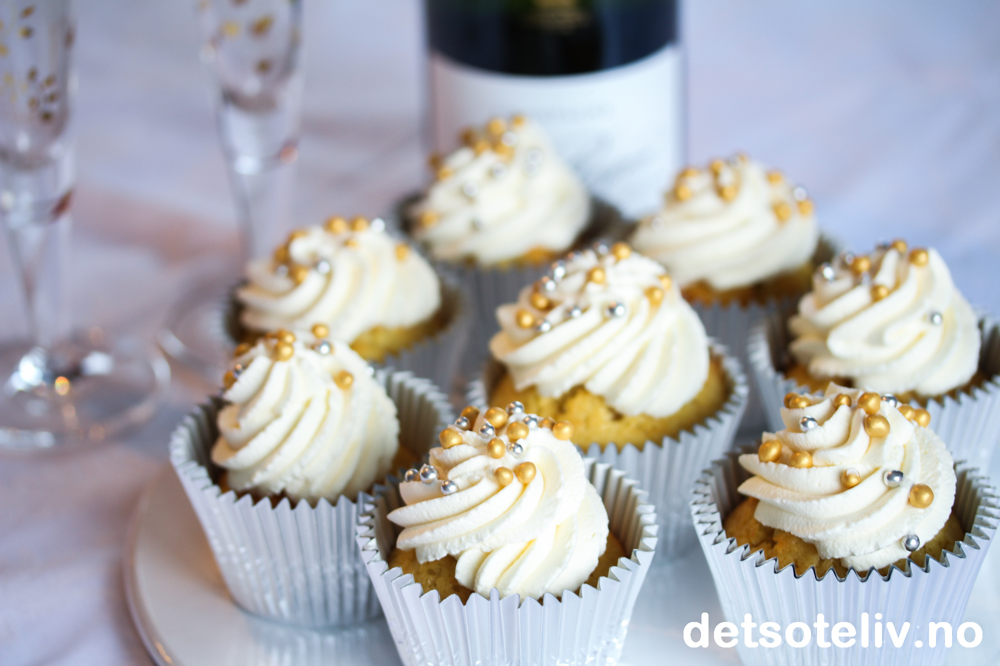 Champagne White Chocolate Cupcakes