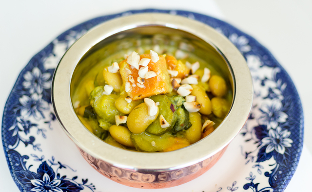 Meatless Monday: Vegan Butterbean, Spinach & Coconut Curry