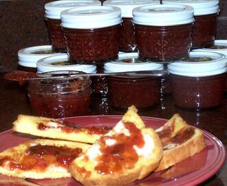 Honeyed Figs With Sweet Red Wine and Lavender Jam