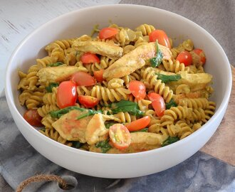 One Pot Creamy Pesto Chicken Pasta | Easy Midweek Dinner