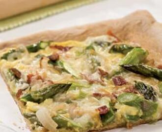 Bacon, Egg & Asparagus Pizza