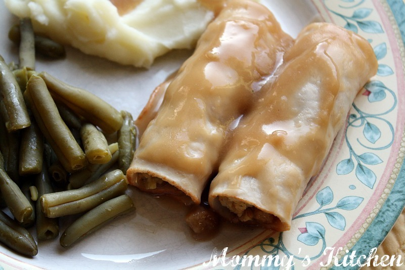 Turkey & Stuffing Roll Ups {Weeknight Easy}