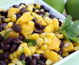 Black Bean Mango Salsa {Potluck Sunday}