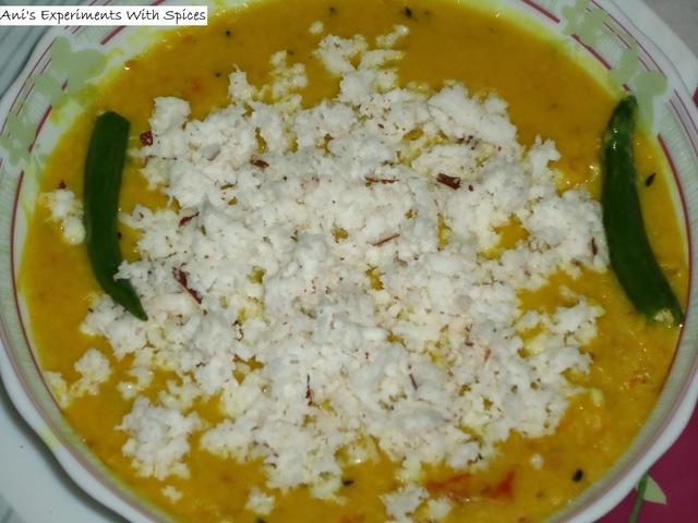 Moong Dal Narkel Kora Diye (Yellow Lentils with Grated Coconut)