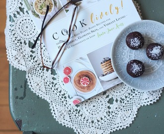 Cook Lively by Laura-Jane Koers | Cookbook review + Recipe + Giveaway