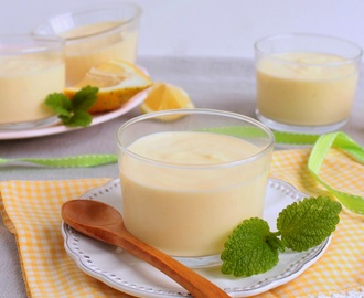 Mousse de lemon curd (sem açúcar, sem glúten). Lemon curd mousse (sugar and gluten free)