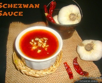 Schezwan Sauce / Spicy Szechuan Sauce / Homemade Schezwan Sauce Recipe / How To Make Chinese Schezwan Sauce
