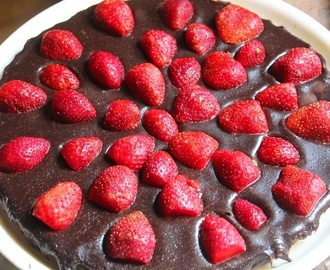 No Bake Chocolate Strawberry Tart Recipe