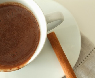 Chocolate quente com flor de sal / Hot chocolate with fleur de sel