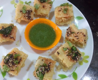 Instant Khatta Dhokla Recipe|Gujarati white dhokla using rava in microwave