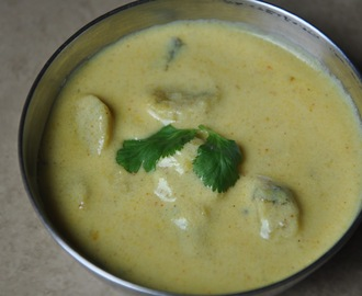 Gatta Kadhi - गट्टा कढी (Yogurt and Chickpea Flour Dumplings in Yogurt Gravy) - BM # 5
