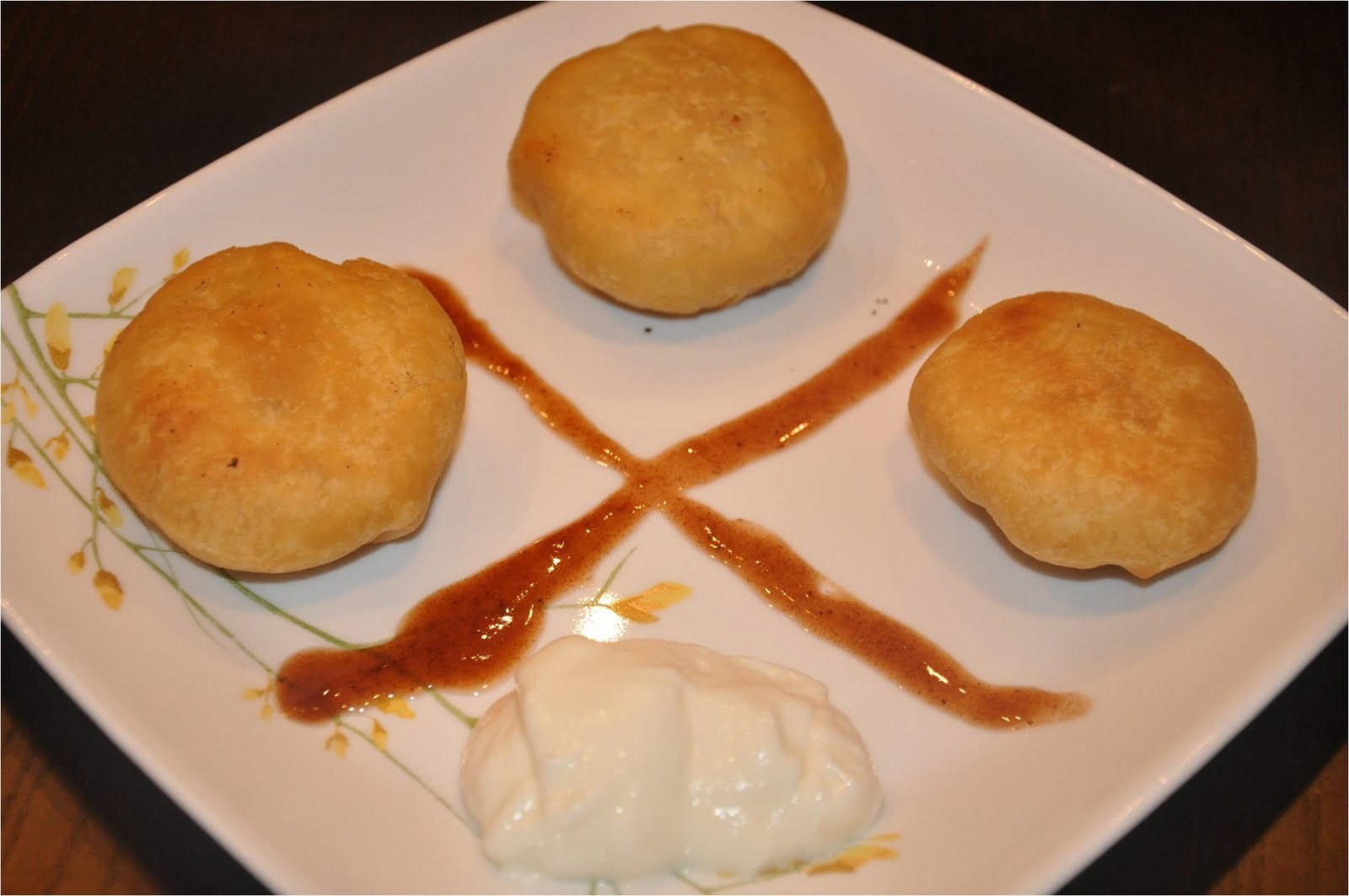 Pyaaz Ki Kachori - प्याज की कचोरी (Onion Filled and Fried All Purpose Flour Balls) and An Award