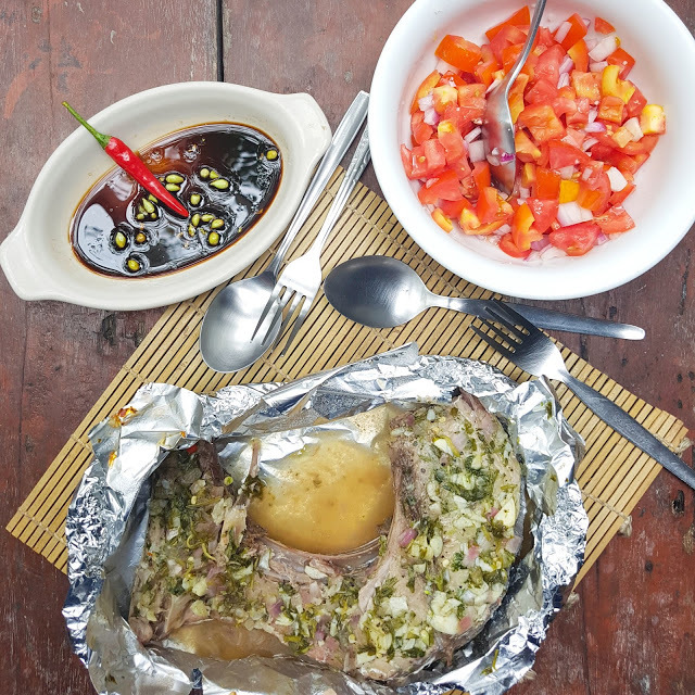 Tuna Jaw en Papillote