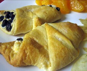 Ham and Cheese Croissants -- Just Like Sara Lee - Copycat