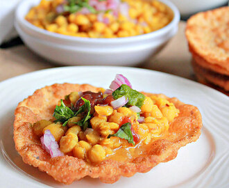 Dal Pakwan, Chana Dal With Crispy Puris
