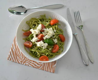Supergreen pesto pasta!