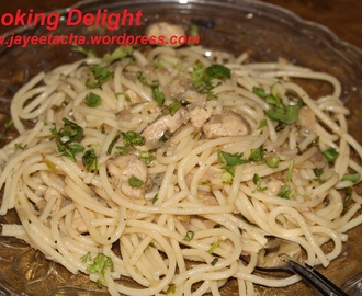 Spaghetti with Parsley Chicken