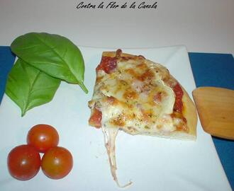 PIZZA DE QUESO DE CABRA Y BACON