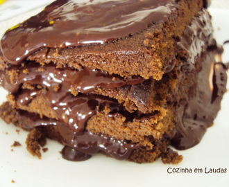 O melhor bolo de chocolate do mundo [The best chocolate cake in the world]